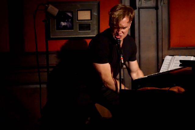 JAMMING « Dirty Dog Jazz Cafe